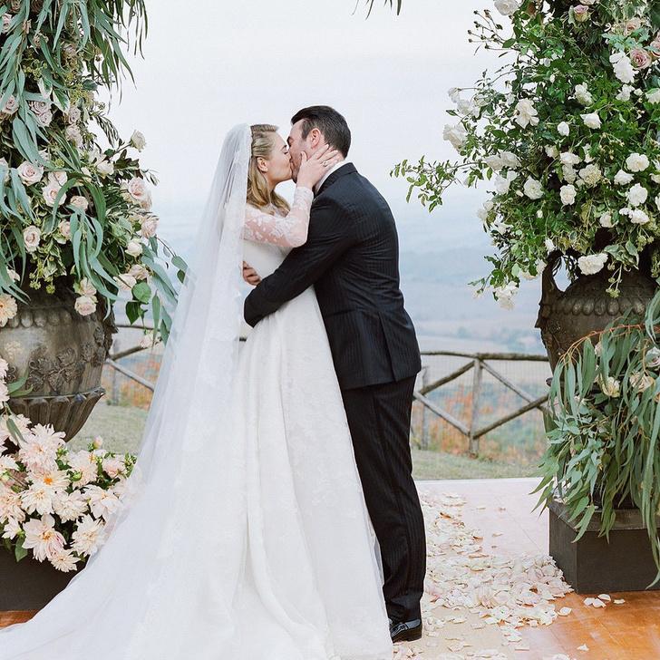Кейт Аптон поделилась фотографиями со свадьбы фото [1]