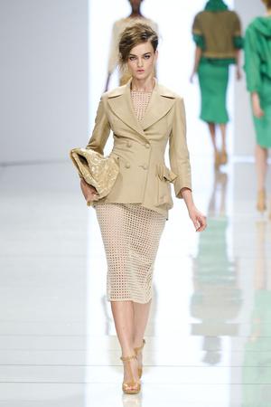 Показы мод Ermanno Scervino Весна-лето 2012 | Подиум на ELLE - Подиум - фото 1903