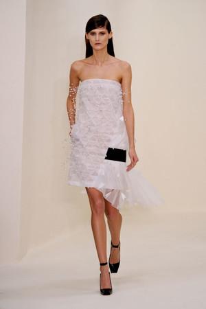 Показ Christian Dior коллекции сезона Весна-лето 2014 года Haute couture - www.elle.ru - Подиум - фото 574273