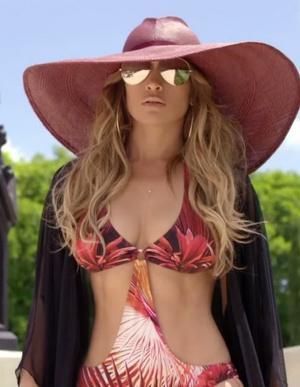 Дженнифер Лопес снялась в новом сексуальном видео