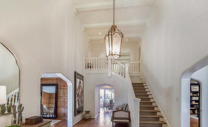 Арми Хаммер купил дом в Лос-Анджелесе за 4,7 млн долларов (фото 2)