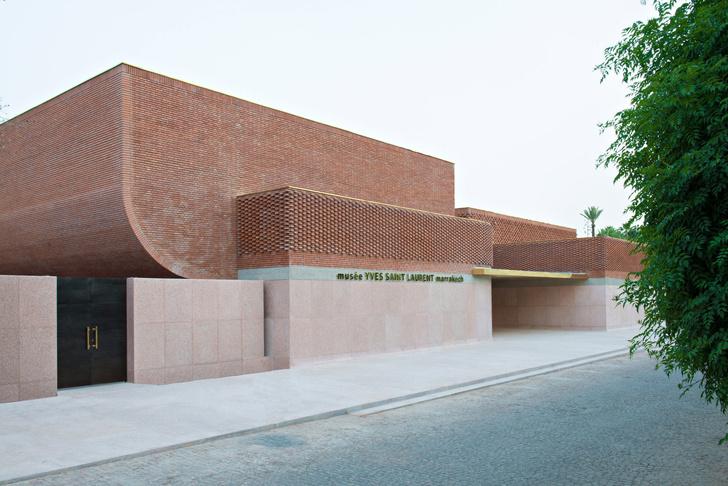 Музей Ива Сен Лорана открылся в Марракеше фото [3]