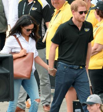 Принц Гарри нарушил королевский протокол ради Меган Маркл фото [1]