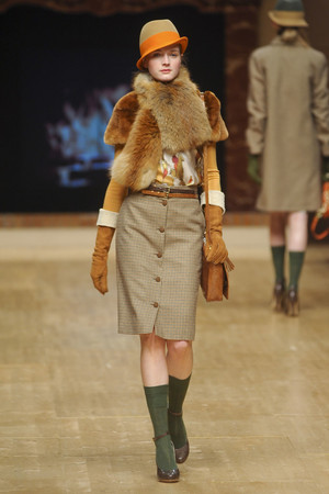 Показ Blugirl коллекции сезона Осень-зима 2011-2012 года prêt-à-porter - www.elle.ru - Подиум - фото 243864
