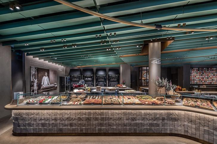 Самый большой Starbucks открылся в Чикаго (фото 8)