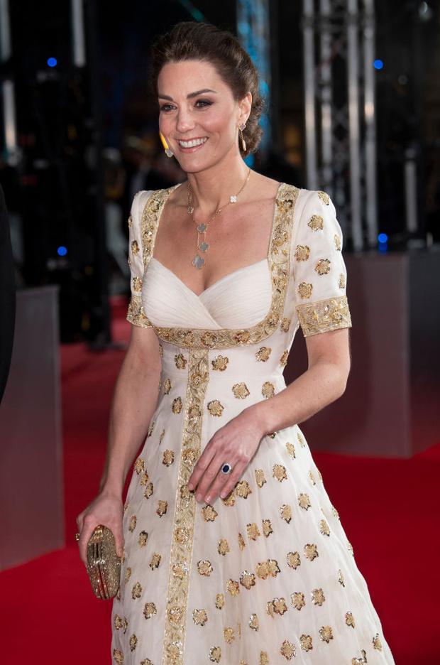 Платье для принцессы: Кейт Миддлтон в Alexander McQueen (фото 1)