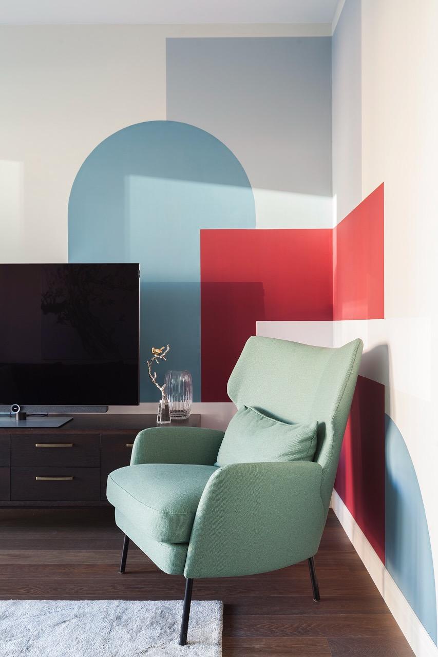 Терапия цветом: 30 проектов ярких гостиных (галерея 0, фото 5)