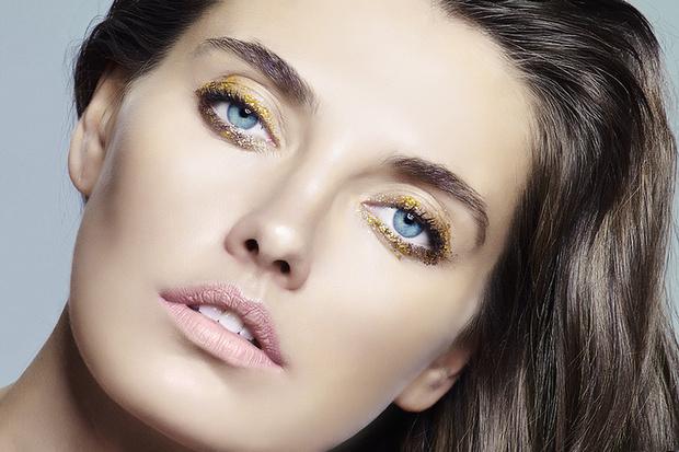 """После бала: макияж с """"золотыми"""" акцентами"""