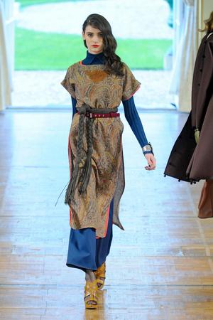 Показы мод Alexis Mabille Осень-зима 2011-2012 | Подиум на ELLE - Подиум - фото 2136