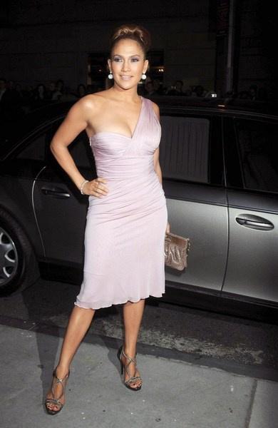 Дженнифер Лопес в Versace