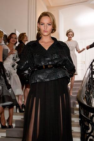 Показ Christian Dior коллекции сезона Весна-лето 2012 года Haute couture - www.elle.ru - Подиум - фото 330648