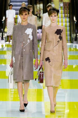 Показы мод Louis Vuitton Весна-лето 2013 | Подиум на ELLE - Подиум - фото 985