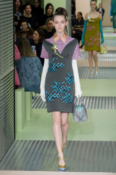 Показ Prada на Неделе моды в Милане | галерея [1] фото [27]