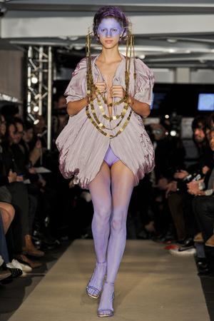 Показ Maurizio Galante коллекции сезона Весна-лето 2011 года haute couture - www.elle.ru - Подиум - фото 216012