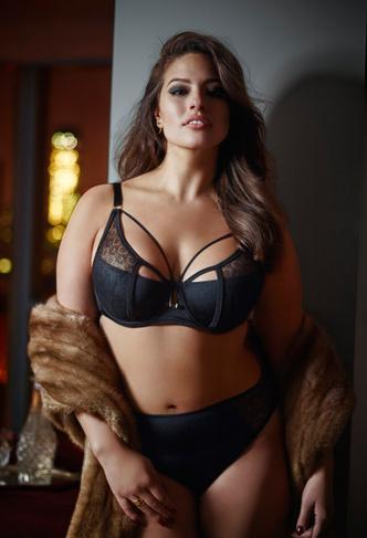 Модель plus-size Эшли Грэм: фото 2015