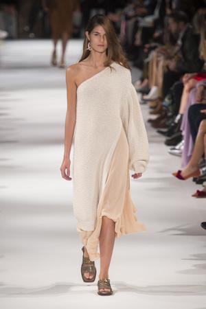 Весна-лето 2010 | Модные показы | Подиум ELLE - Подиум - фото 5741