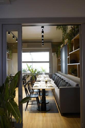 Дерево и зелень: ресторан Viu by Tapiñas под Барселоной (фото 4.1)