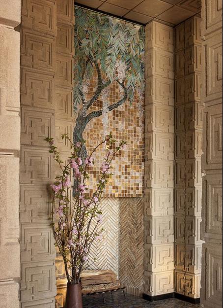 «Дом Эннисов» Фрэнка Ллойда Райта выставлен на продажу (галерея 7, фото 3)