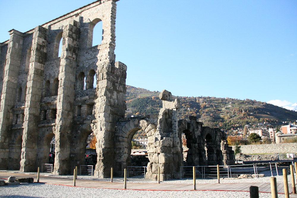 Итальянские Альпы: 10 главных достопримечательностей долины Аосты | галерея [1] фото [5]