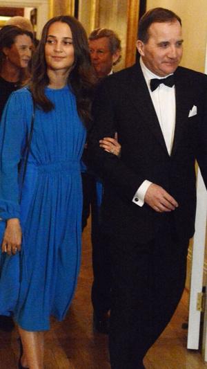 Кейт Миддлтон в платье Erdem на ужине с королевской семьей Швеции (фото 7)