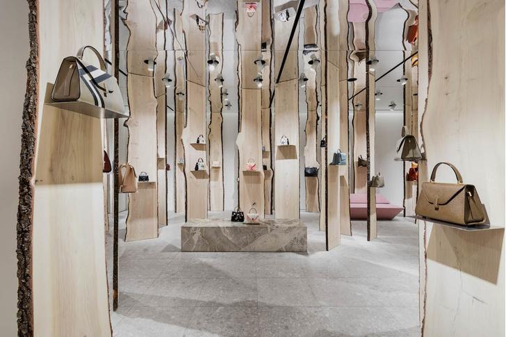 Свои в доску: инсталляция Кенго Кумы в бутике Valextra (фото 2)