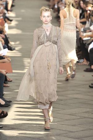 Показ Missoni коллекции сезона Весна-лето 2010 года prêt-à-porter - www.elle.ru - Подиум - фото 117097