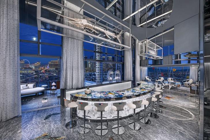 Дэмиен Херст оформил номер в отеле Palms Casino Resort (фото 8)