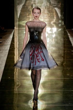 Показ Georges Chakra коллекции сезона Осень-зима 2012-2013 года Haute couture - www.elle.ru - Подиум - фото 403208