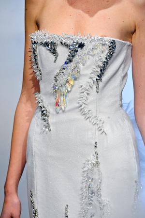 Показ On Aura Tout Vu коллекции сезона Весна-лето 2012 года Haute couture - www.elle.ru - Подиум - фото 333537