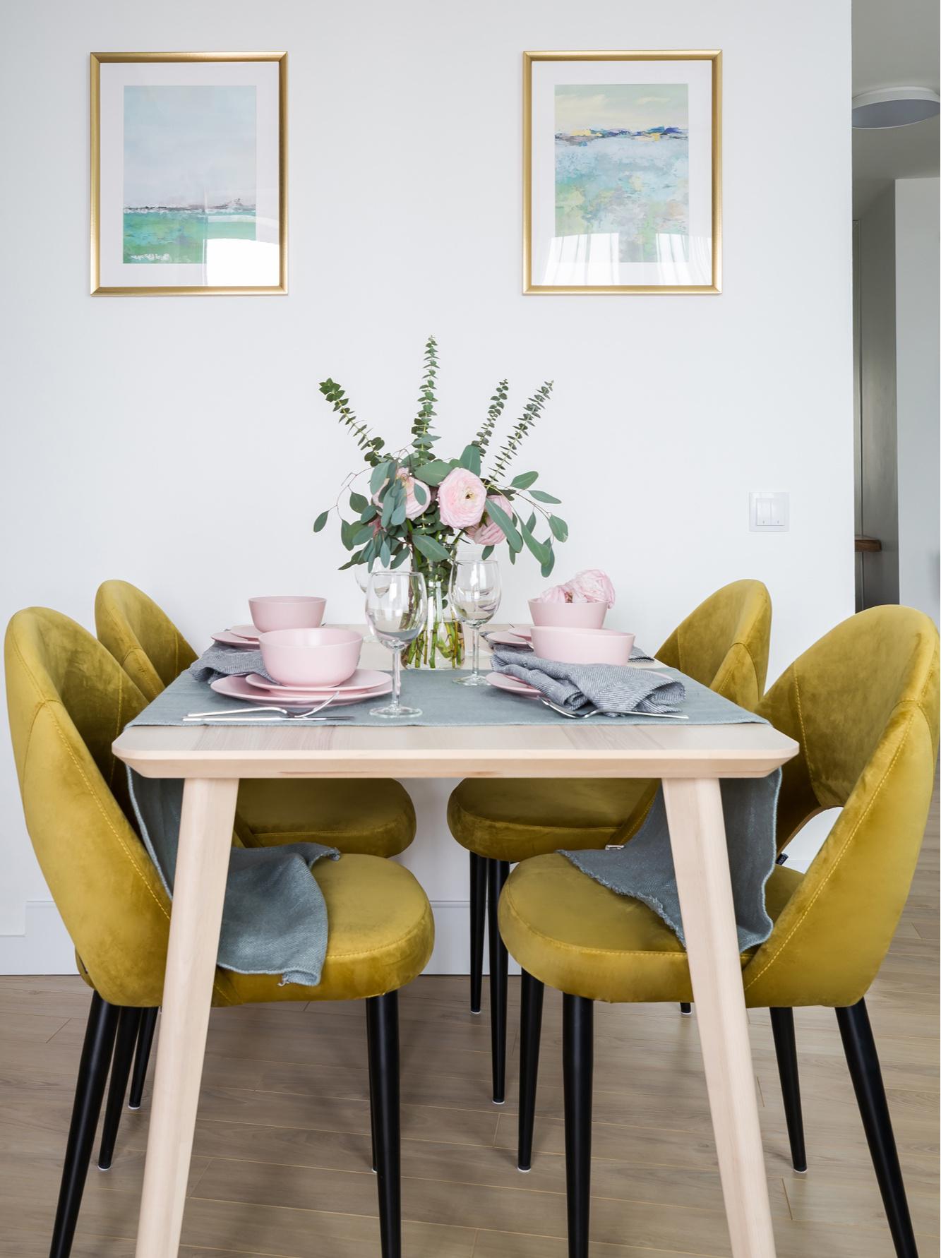 Маленькие обеденные столы (галерея 0, фото 4)