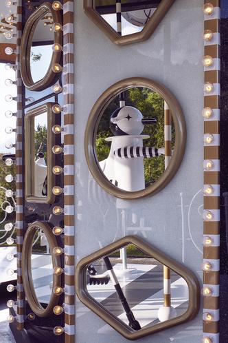 Карусель по дизайну Хайме Айона в музее  Swarovski Kristallwelten (фото 4.2)