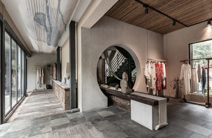 Брутальный офис и бутик в Шанхае (фото 8)