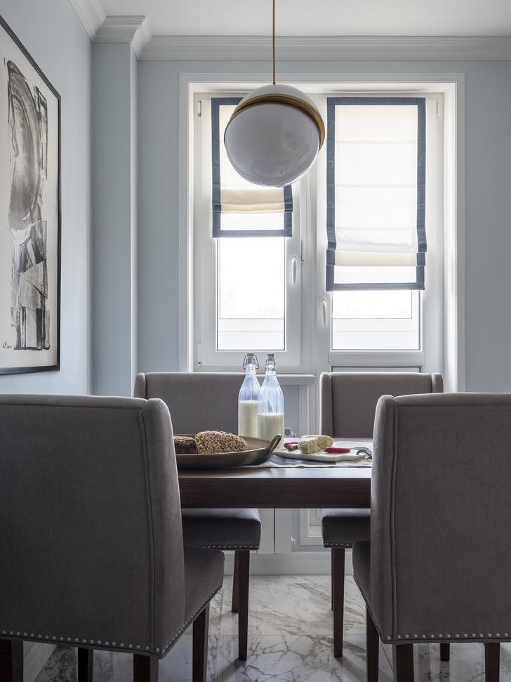 Дитя заката: фламинго и другие яркие  решения в типовой квартире 55 м² (фото 0)