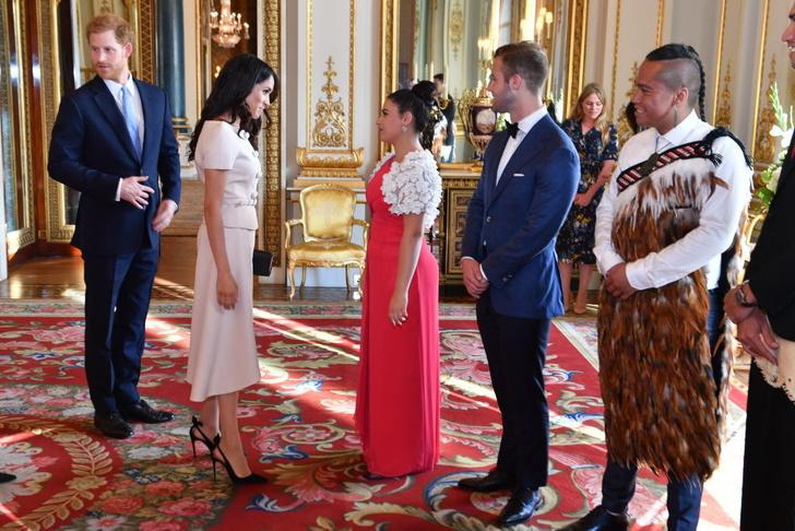 Прощай, королева: лучшие выходы Меган Маркл в качестве члена монаршей семьи (фото 17)