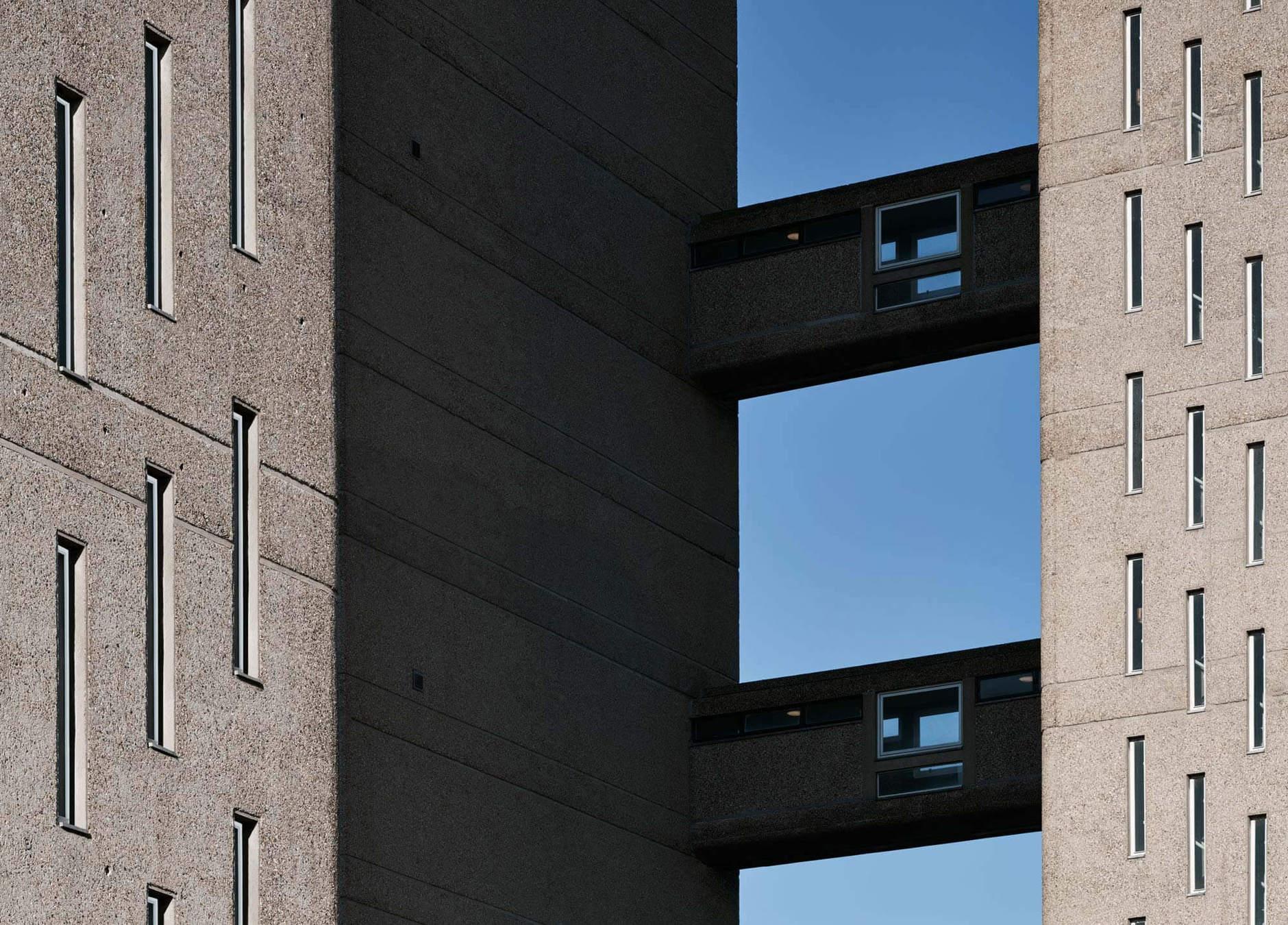 В лондонской Balfron Tower открыли шоу-квартиры с обстановкой (галерея 7, фото 1)
