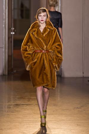 Показы мод Rue du Mail Осень-зима 2013-2014 | Подиум на ELLE - Подиум - фото 653