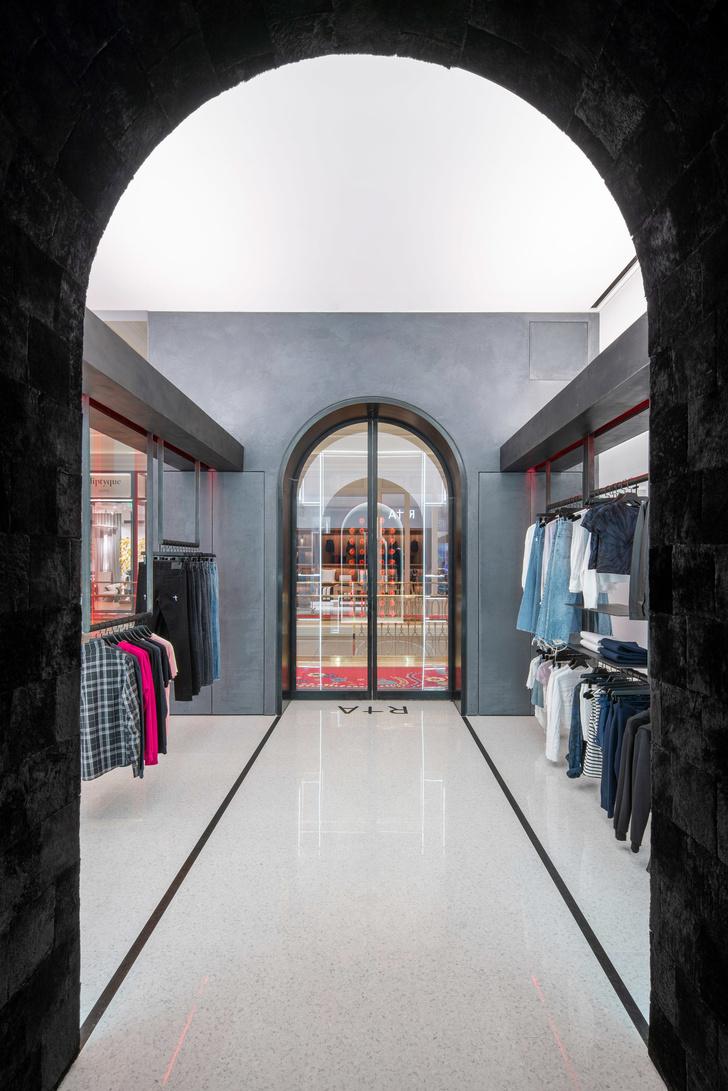 Бутик модного бренда RtA в Лас-Вегасе (фото 7)