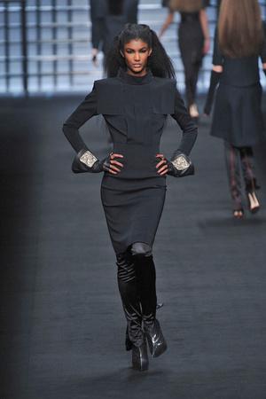 Показ Karl Lagerfeld коллекции сезона Осень-зима 2009-2010 года prêt-à-porter - www.elle.ru - Подиум - фото 99137