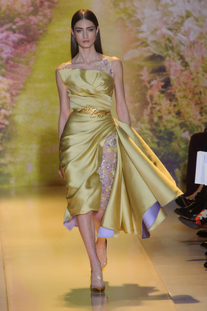 Показ Zuhair Murad коллекции сезона Весна-лето 2014 года haute couture - www.elle.ru - Подиум - фото 575368