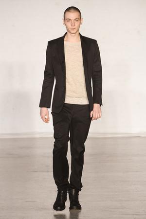 Показы мод Zero + Maria Cornejo Осень-зима 2011-2012 | Подиум на ELLE - Подиум - фото 2362