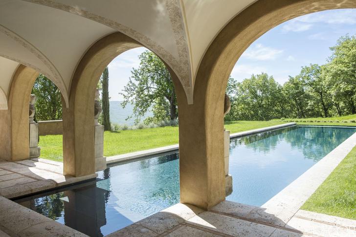 15 восхитительных проектов бассейнов для загородного дома (фото 11)