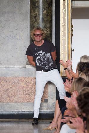 Показ Emilio Pucci коллекции сезона Весна-лето 2015 года prêt-à-porter - www.elle.ru - Подиум - фото 589812