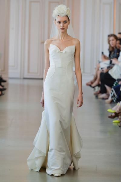 50 самых красивых платьев со Свадебной Недели Моды в Нью-Йорке | галерея [1] фото [43]