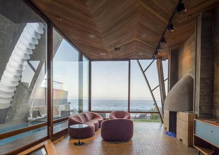 Edward Norton New Malibu House