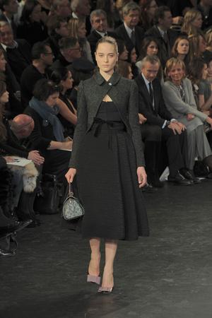 Показ Louis Vuitton коллекции сезона Осень-зима 2010-2011 года prêt-à-porter - www.elle.ru - Подиум - фото 157459