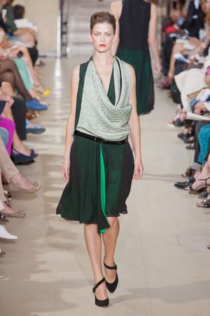 Показ Bouchra Jarrar коллекции сезона Осень-зима 2012-2013 года Haute couture - www.elle.ru - Подиум - фото 403092