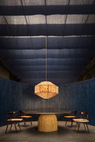 В отеле Sister Hotel можно купить мебель и арт-объекты (фото 6.1)