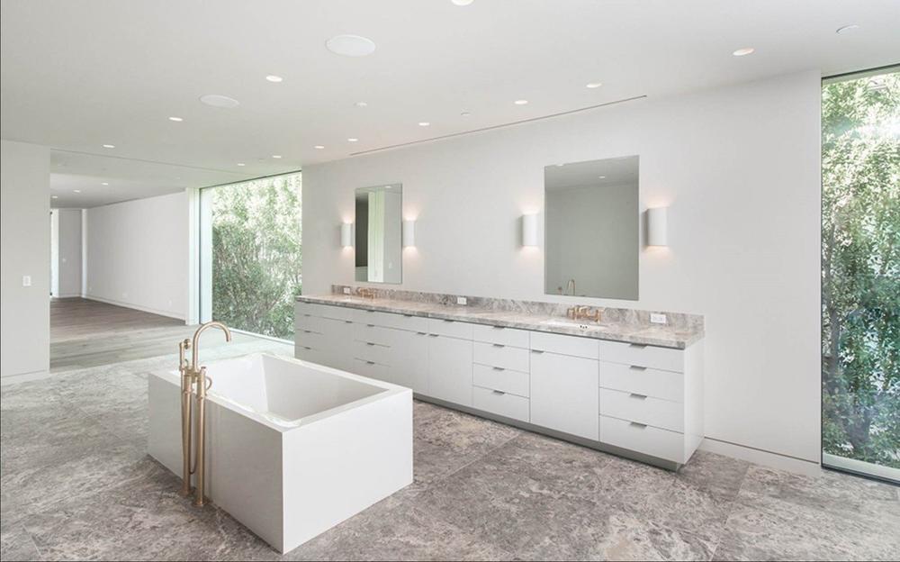 Дом Ким Кардашьян и Канье Уэст продан за 17,8 млн долларов | галерея [1] фото [5]