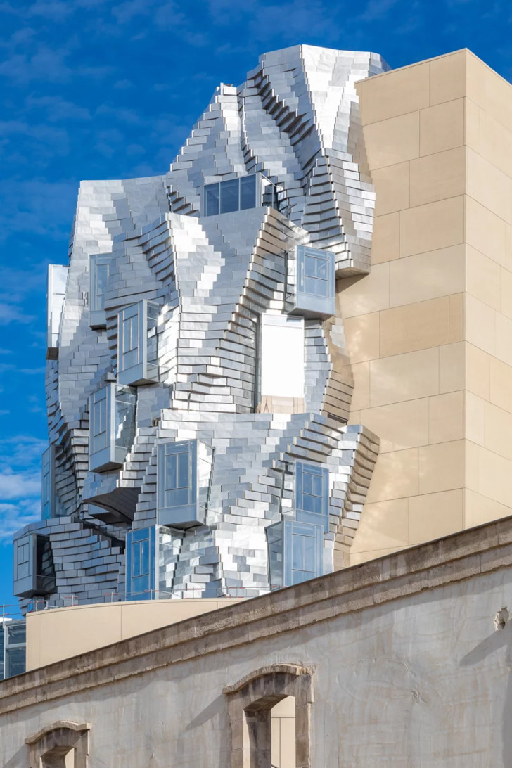 Башня LUMA по проекту Фрэнка Гери (фото 2)