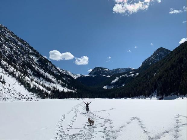 Кажется, Джастин Тимберлейк и Джессика Бил решили, что лучше гор могут быть только горы, и уехали из мегаполиса (фото 2)